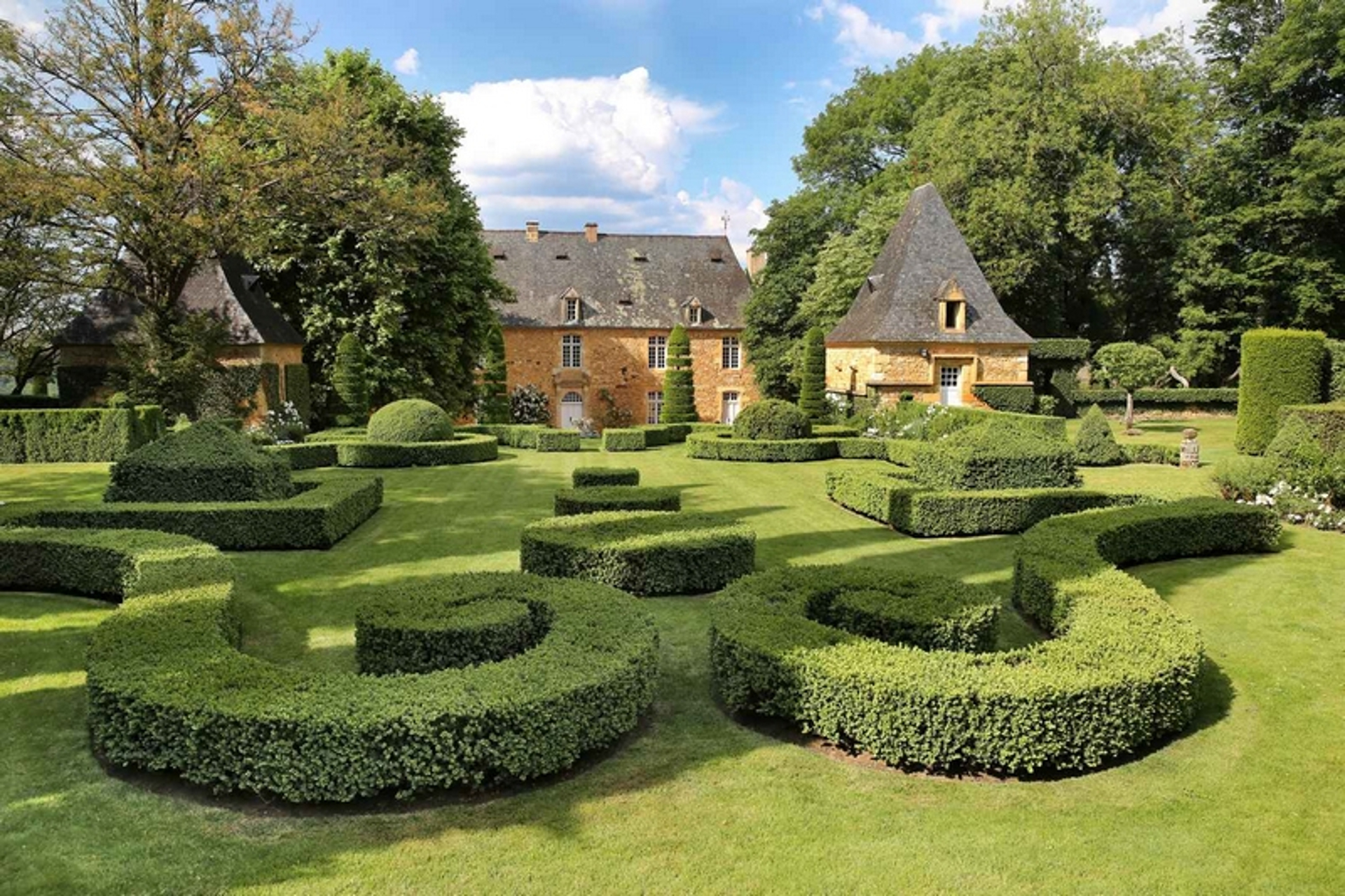 Jardin-eyrignac-perigord-eyrignac gardens