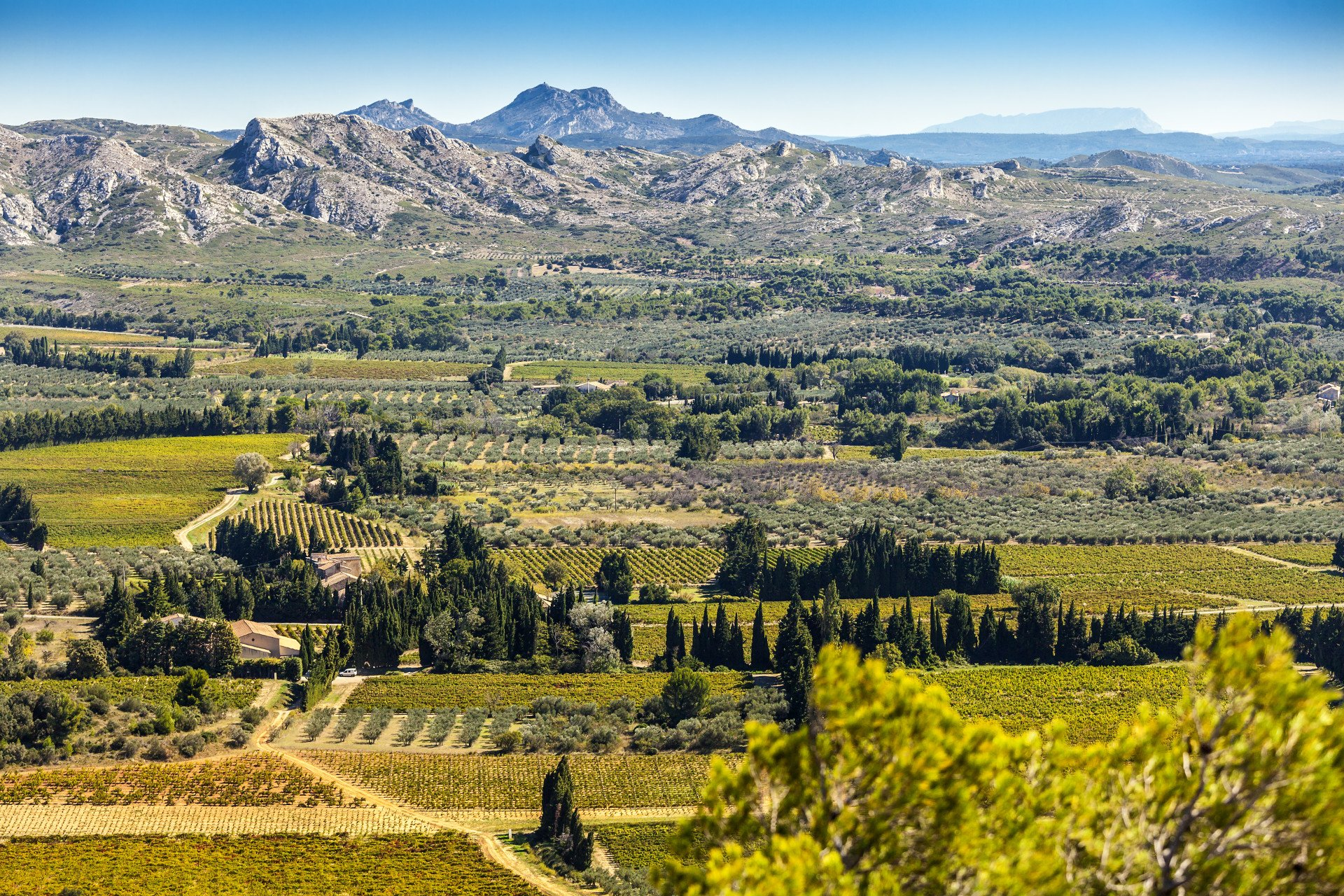 France-village-alpilles-provence-paysage