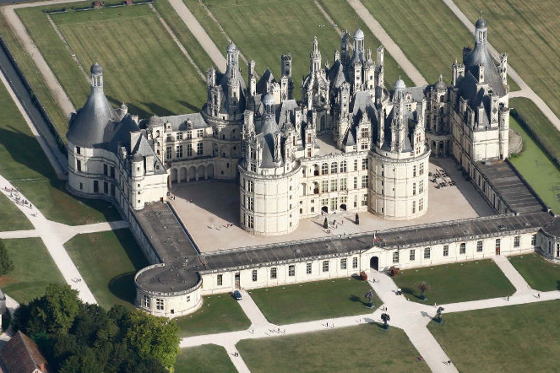 private tour-Loire Valley-Chambord-Tours-France