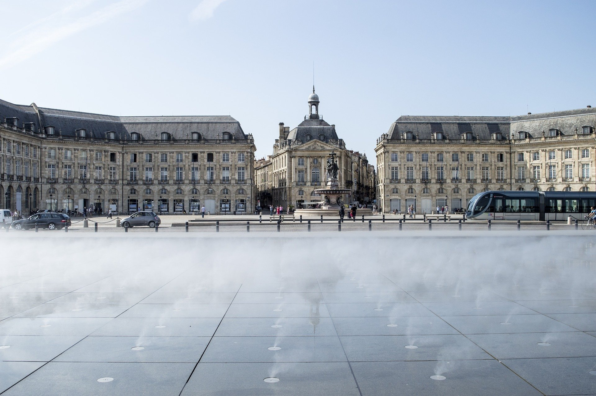 The famous reflecting water mirror in front of place de la Bourse in Bordeaux