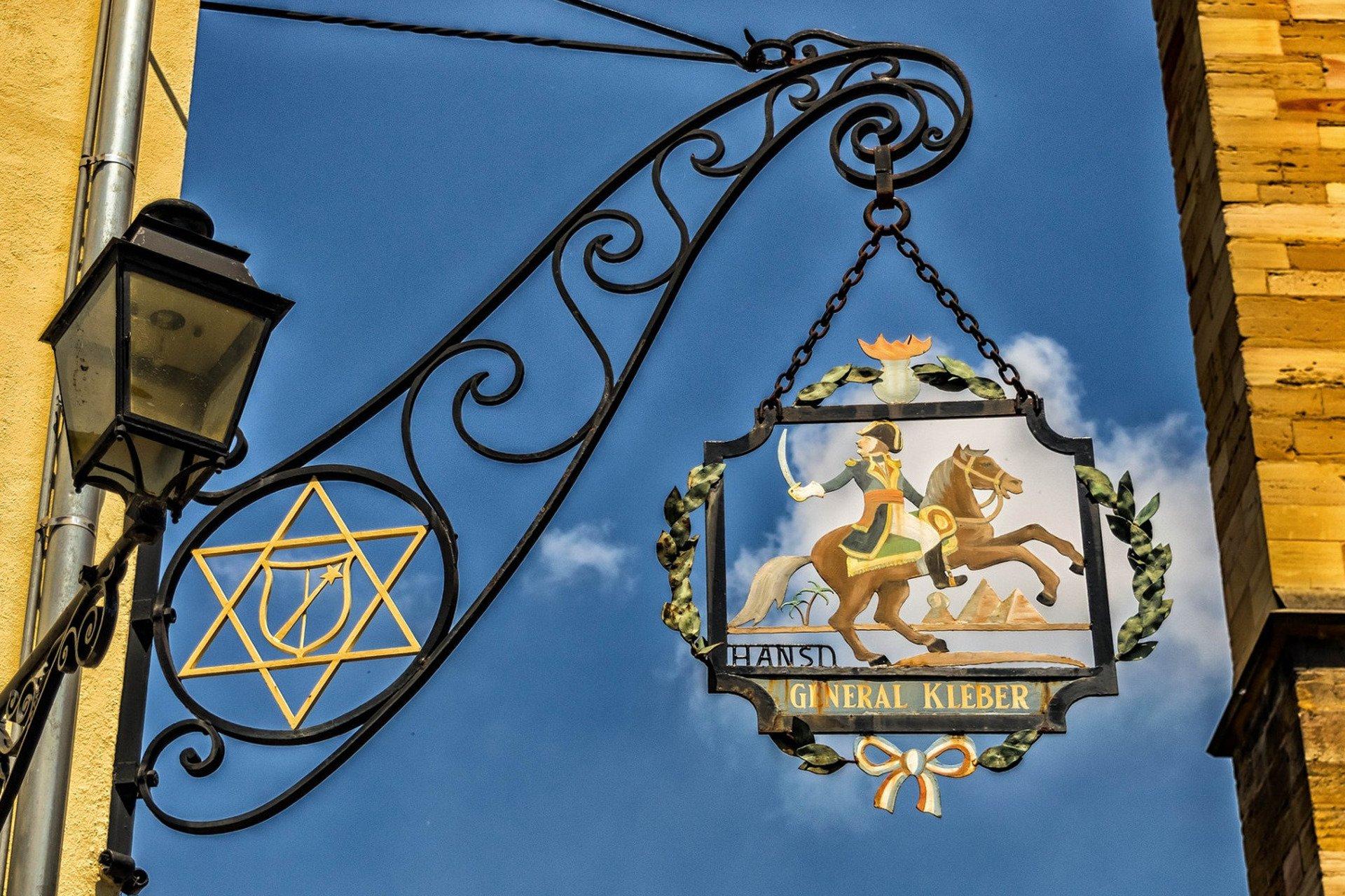 visite privée-enseigne-Colmar-Alsace-France