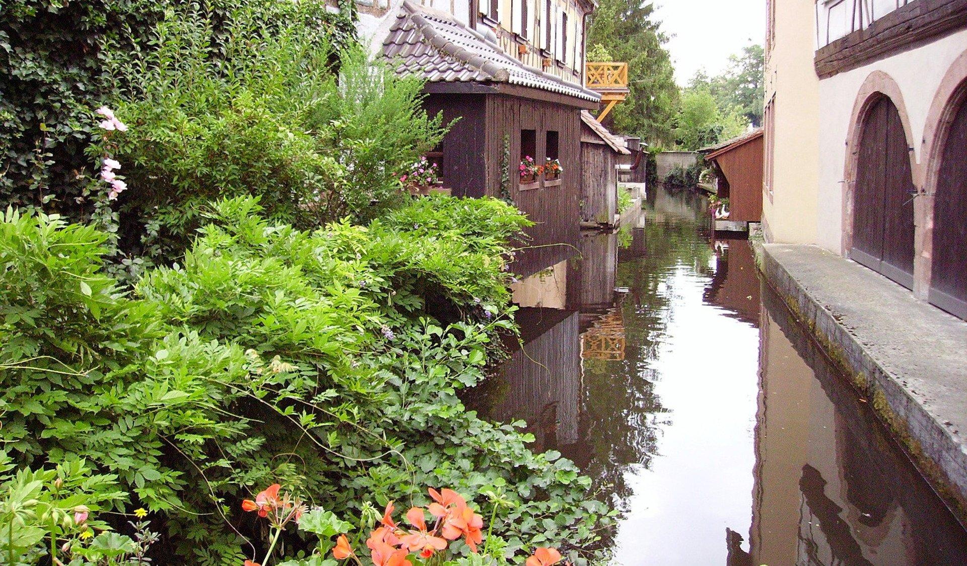 private tour-canals-Colmar-Alsace-France