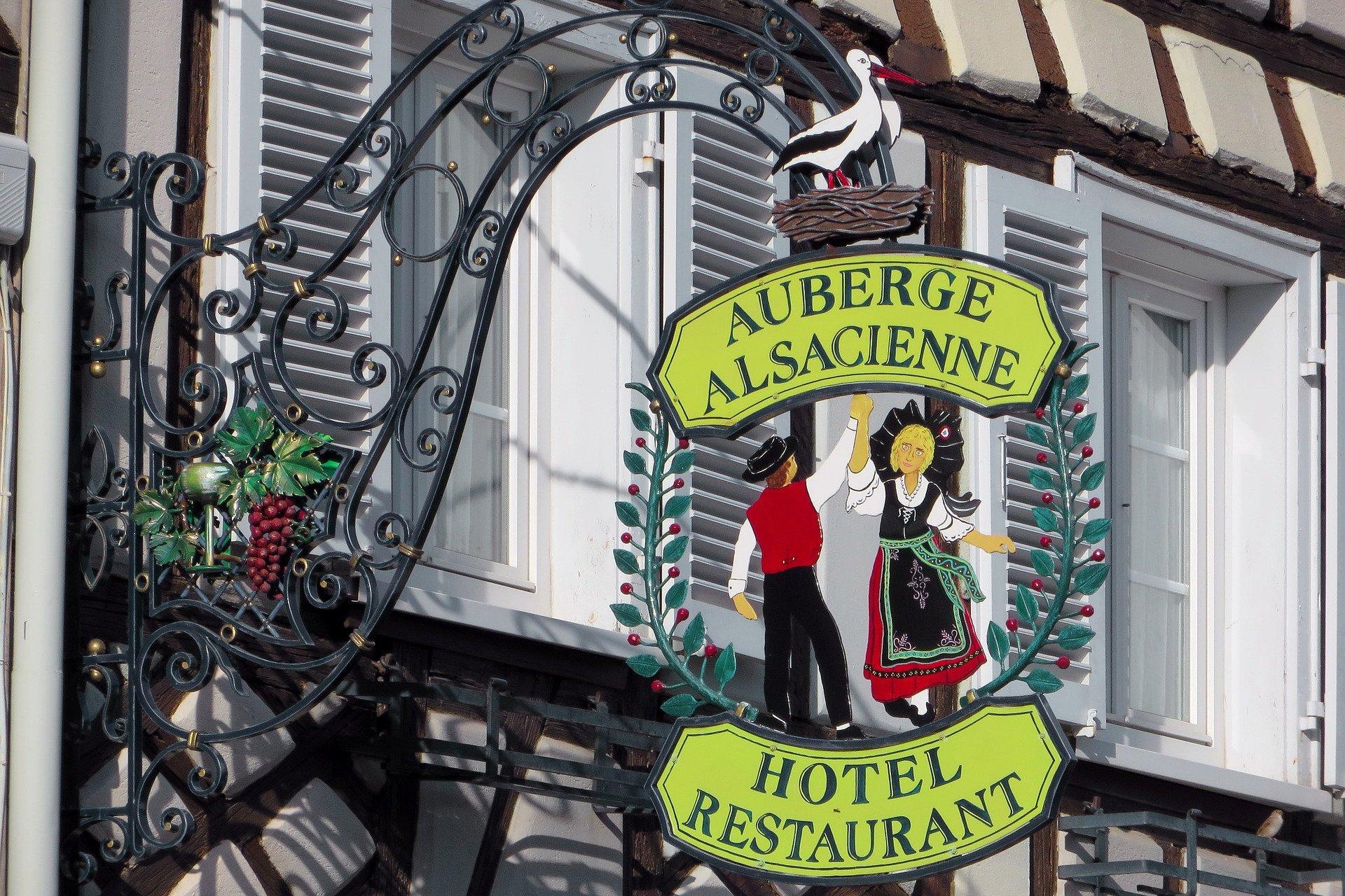 enseigne-visite privée-Strasbourg-Alsace-France